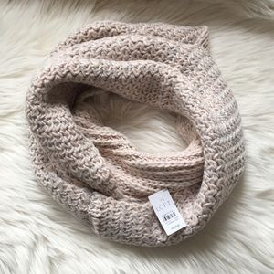 Loft infinity scarf pink and silver